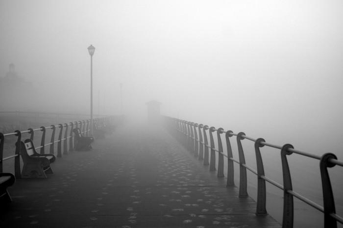 fogspringlakebeach-700x467